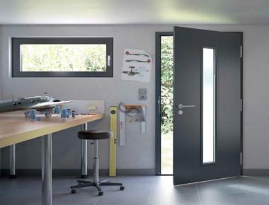 pose de porte de service en moselle somelor portes de services. Black Bedroom Furniture Sets. Home Design Ideas